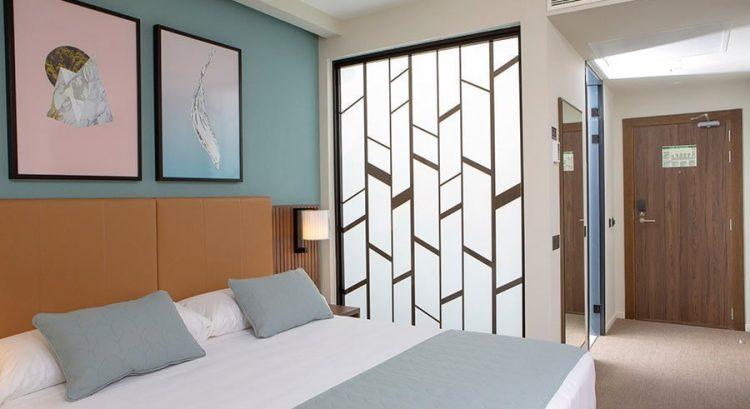 Room 2 RIU PLaza España Madrid