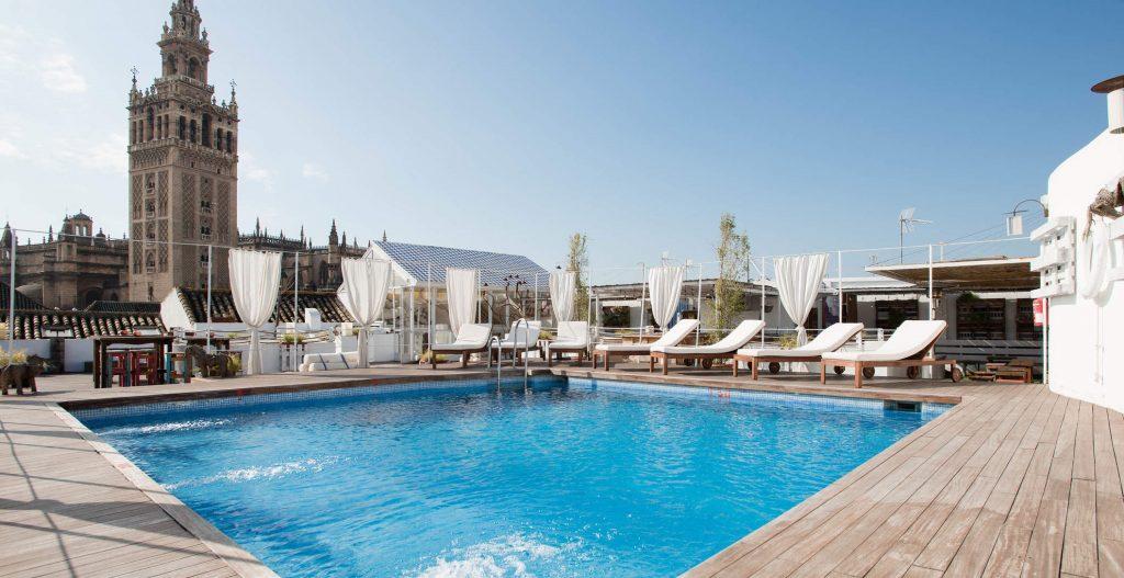 Piscina Hotel Sevilla